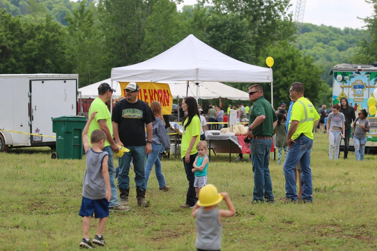 2018 ZEMBA FAMILY FIELD DAY 118.JPG