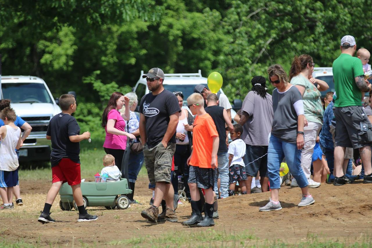 2018 ZEMBA FAMILY FIELD DAY 17.JPG