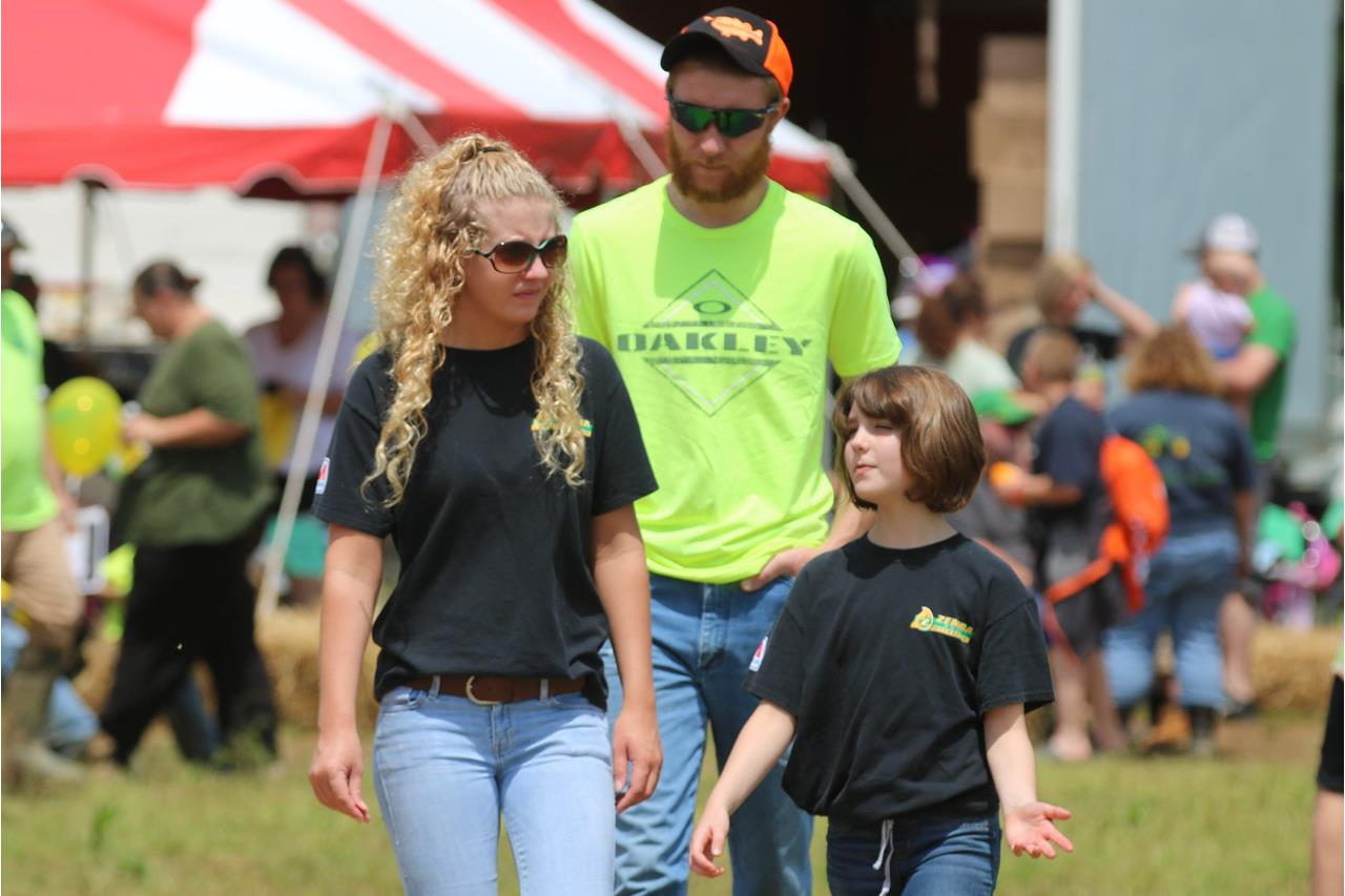 2018 ZEMBA FAMILY FIELD DAY 3.JPG