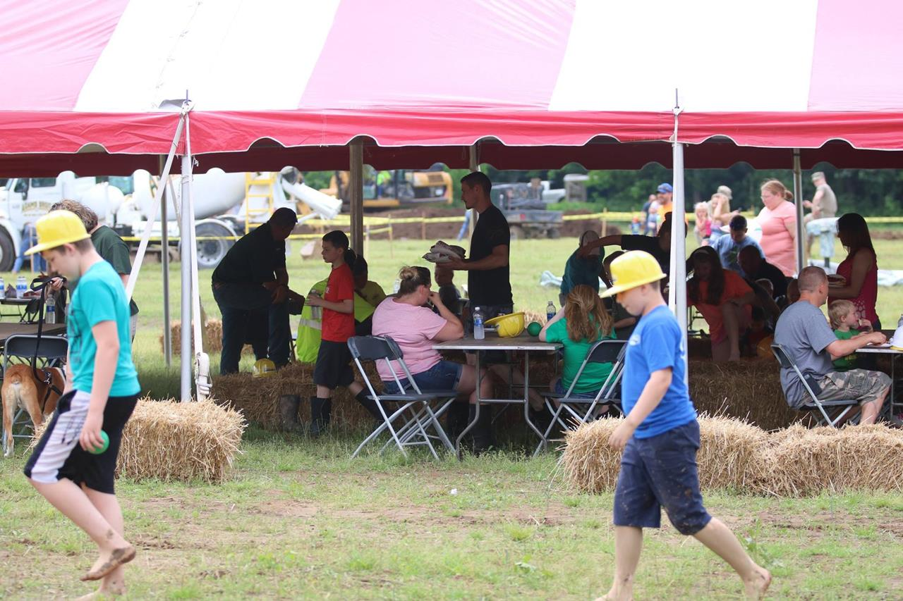 2018 ZEMBA FAMILY FIELD DAY 45.JPG