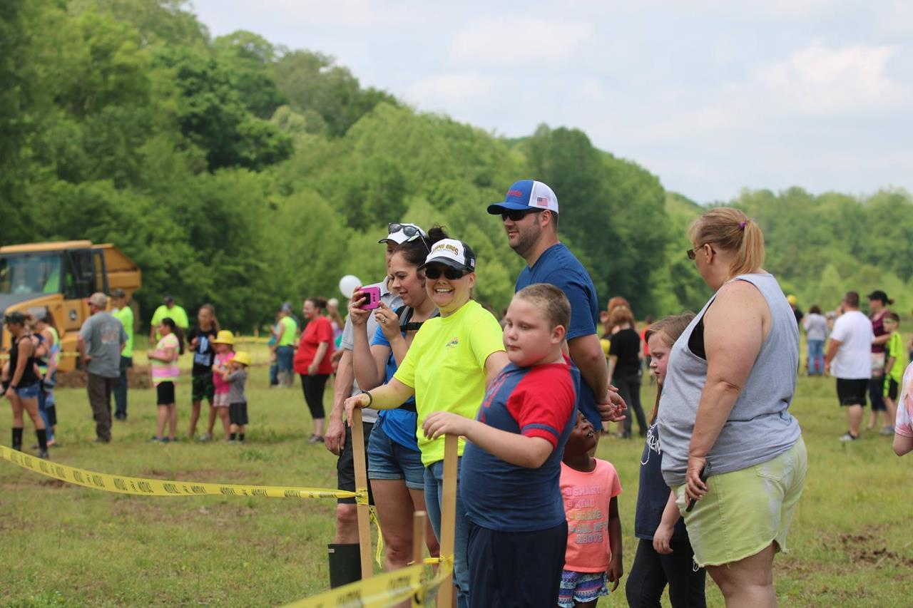 2018 ZEMBA FAMILY FIELD DAY 63.JPG