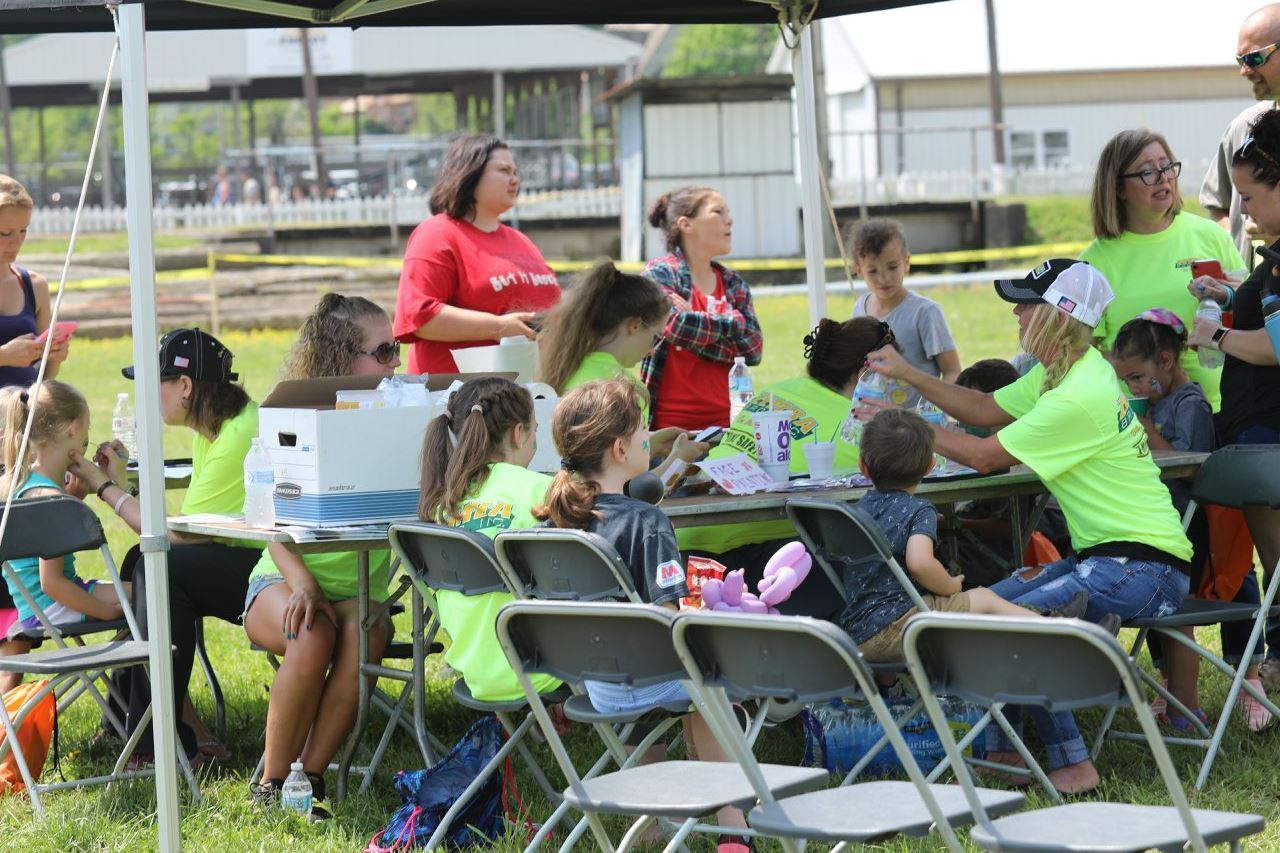 2019 ZEMBA FAMILY FIELD DAY 24.JPG