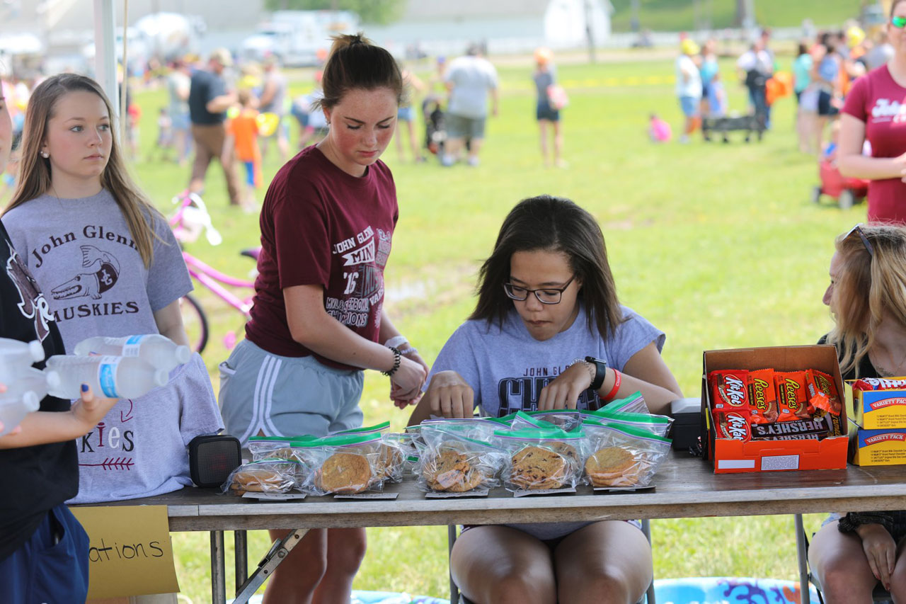 2019 ZEMBA FAMILY FIELD DAY 33.JPG