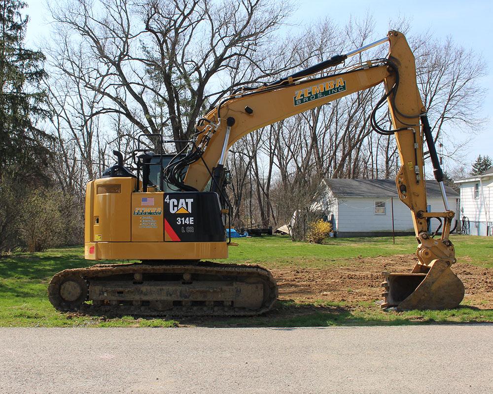 Zemba Bros , Inc  - Zanesville, Ohio - Equipment - Excavators
